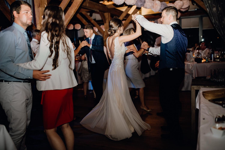 Party bei der Hochzeit