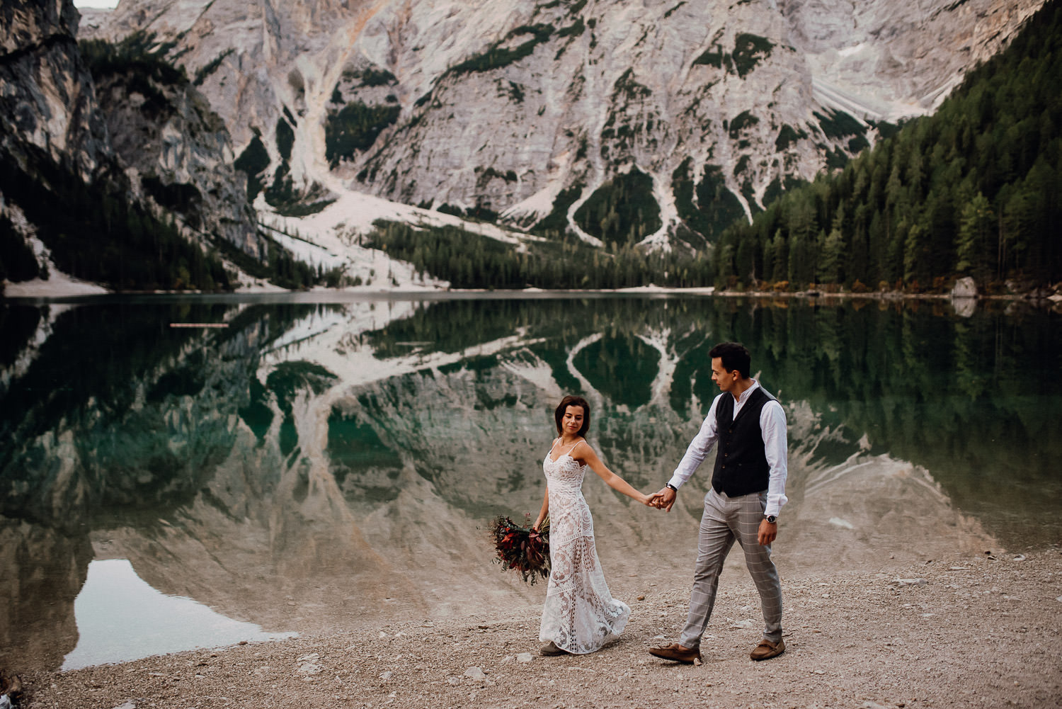 lago di braies wedding