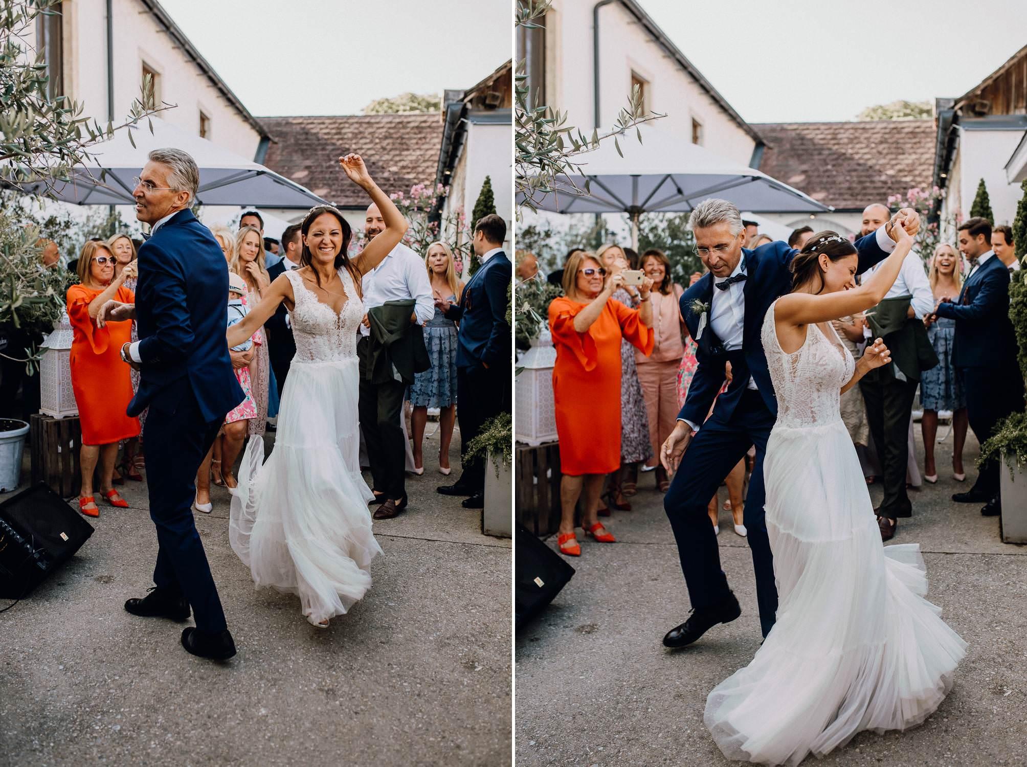 himmelblau agape tanzen